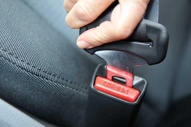 Gurtpolster Polsterung f/ür Sitzgurt Auto Gurtschutz 2 St/ück Sicherheitsgurt B/ügel mit Klettverschluss Velours schwarz